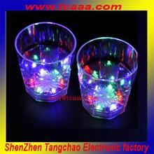 2014 Flashing led light transparent display glass