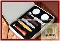Custom fashion design wax seal stamp/envelop wooden handle embossing wax seal / Luxury big wax seal set