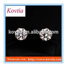 Exquisite crown AAA zircon earrings stud earring
