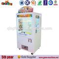 cápsula do brinquedo vending machine coin operated empurrar ganhar o prêmio de jogo da máquina