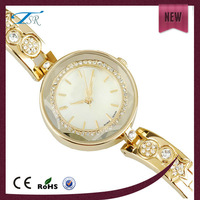 Promotional vogue ladies watch,custom alloy watch for women with small face