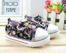 Rubber sole black kids girls school shoes,hirls canvas shoes in black,buckle strap canvas shoes