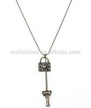 Fashion New Vintage Harajuku Lock Key Pendant Women's Chain Necklace