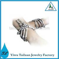 Wholesale New Curse of Ezekiel Skeleton Skull Hand Bracelet Bangle