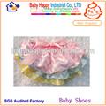 atractivo lindo colorido de bebé niña bloomer