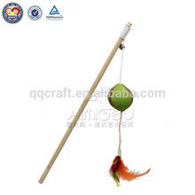 QQ04 Cheap handmade flying stick cat toys free samples