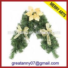 Yiwu Market China Manufacturers heart shaped felt talking christmas wreath with flower decorated