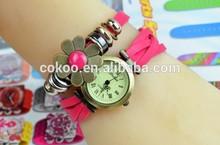 Retro Style Ladies Wrist Watch/ Leather Bracelet Band Quartz/ Vintage Retro Twist Watch
