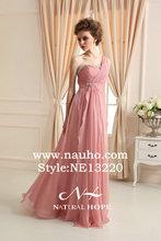 Barato 1 hombro diseño de la cintura rebordear gasa suave y color de rosa largo ladies cocktail vestidos con volantes vestido de dama