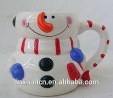 Haonai hot sales ceramic snowman shape Christmas mug gift factory