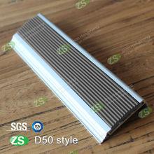 2014 new design decorative anti-slip carborundum insert stair nose trim