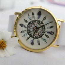 lady popular Leather Strap Watch, peacock geneva flower watch