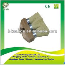 3-knot roof brush
