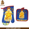 Kitchen Heat Resistant Oven Mitten Pot Mat Set Christmas Cotton Character Printed Oven Mitts