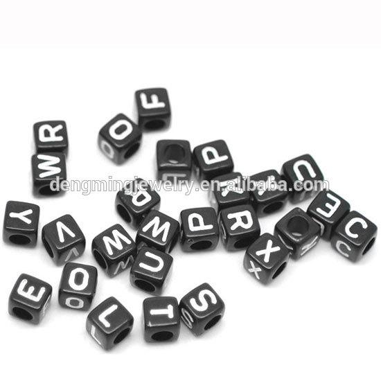 Ucuz akrilik mektubu boncuk! Gevşek küp alfabe boncuk toplu! Tek bir harf alfabe boncuk!!