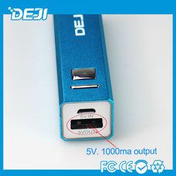 free sample! OEM 100% 2600mah portable 2600mah usb power bank mini solar charger