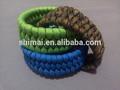 La supervivencia del Paracord pulsera Trilobite Weave un Color hechos a mano