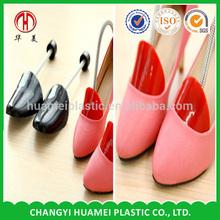 Customized adjustable shoe stretcher