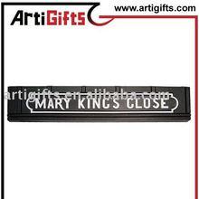 2012 AG-PFMag_17 black self-adhesive label