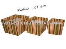 straw storage basket