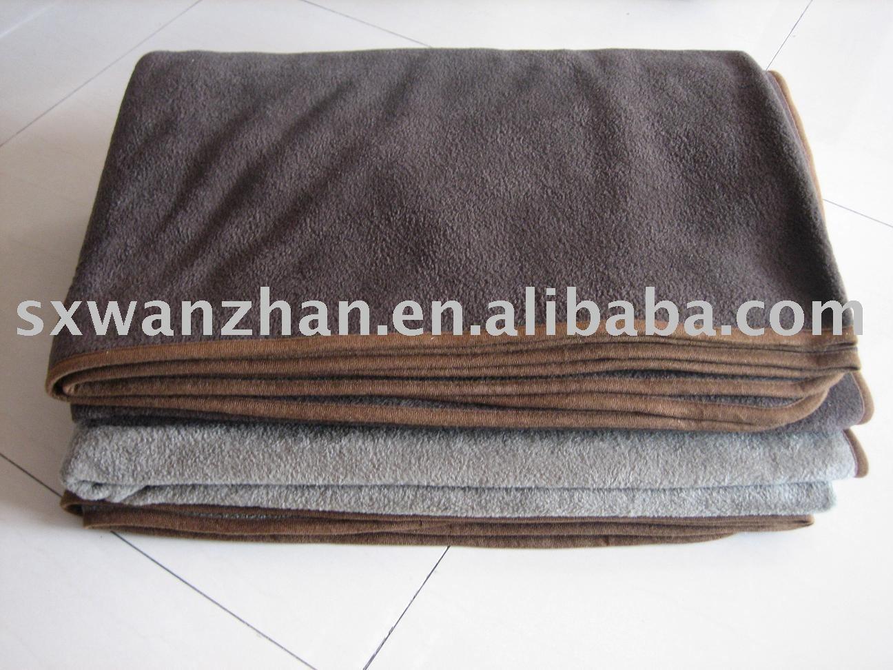 Making Fleece Baby Blankets With Knots Cuddly Fleece Baby Blanket