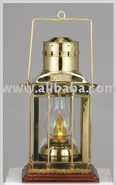 Brass Nautical jefe de luz con conjunto de madera maciza
