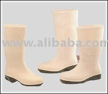 Nitrile boots