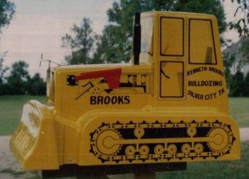 Bulldozer Mailbox - Jumbo