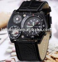 2012 summer hotsale quartz compass man military watch