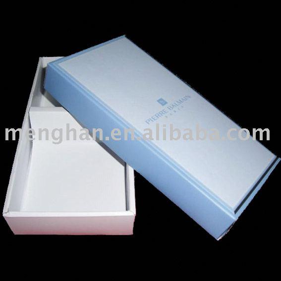 Handkerchief packing box
