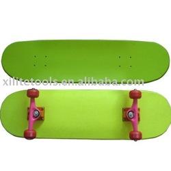 professional skateboard XLT-3108C04