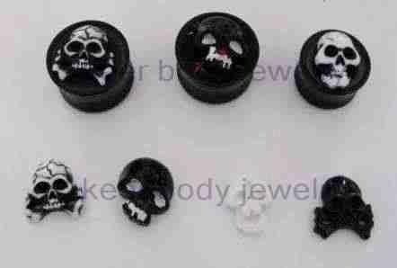 genital piercing pic. Genital piercing body jewelry.