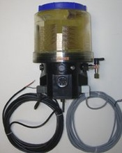 Electric Pump 4- Liter / 1 Gallon Autolube
