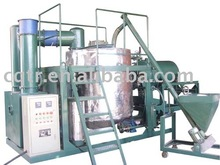 Decoloring engine oil recycling system