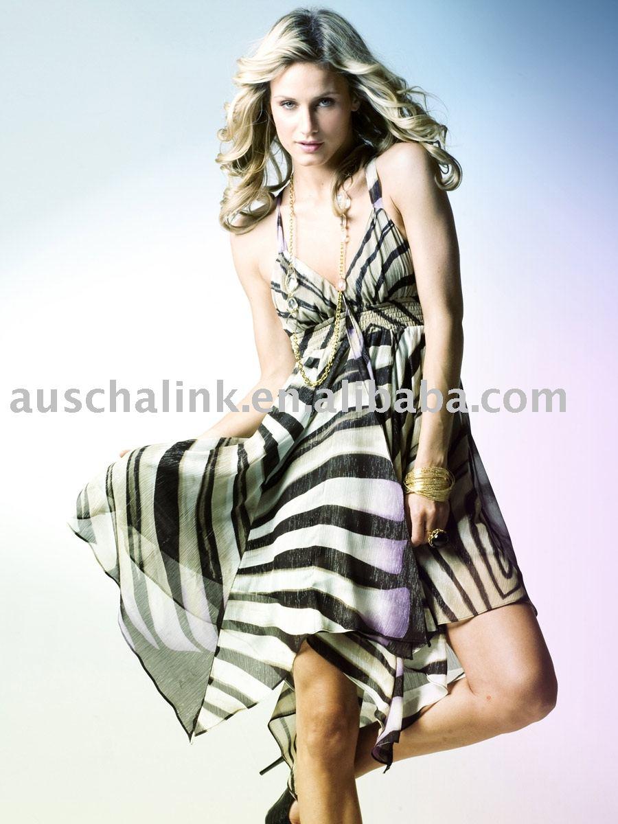 فساتين Zebra 8DR403_Zebra_Print_Hanky_Hem_Halter_fashion