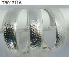 Transshipment Zinc Alloy Bangle for All People