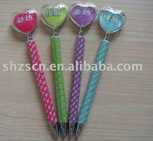 heart shape topper promotional pen/plastic ballpen heart shaped pusher