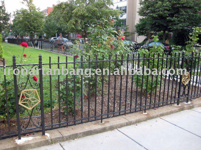 Moteur de recherche sukoga image cl tures de jardin for Barriere de jardin metallique