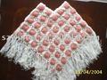 Mão crochet cabo & puncho em design de moda