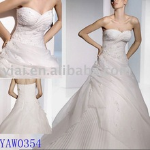 sparkle sleeveless princess wedding gown