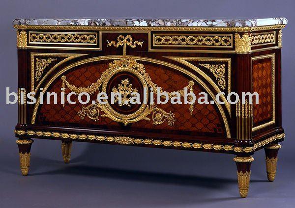 Muebles de marquetería francés, bronce decoradas en el pecho