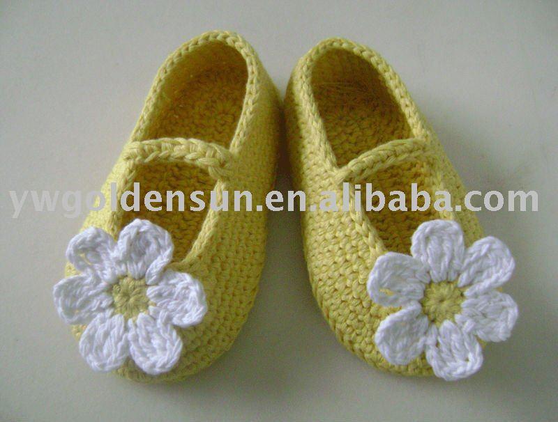 Hecho a mano de ganchillo bebé niñas flor zapatos calzado (4155)