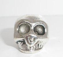 Bead, zinc metal alloy, sliver tone, 14x12mm skull. Sold per packet of 10