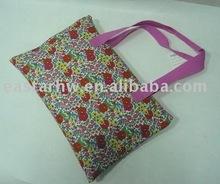 Gracious handle bag for picnic mat