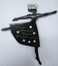 top fashion brooch