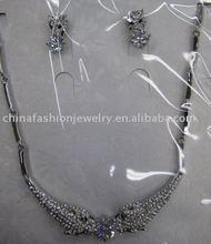 delicate fashion jewelry set