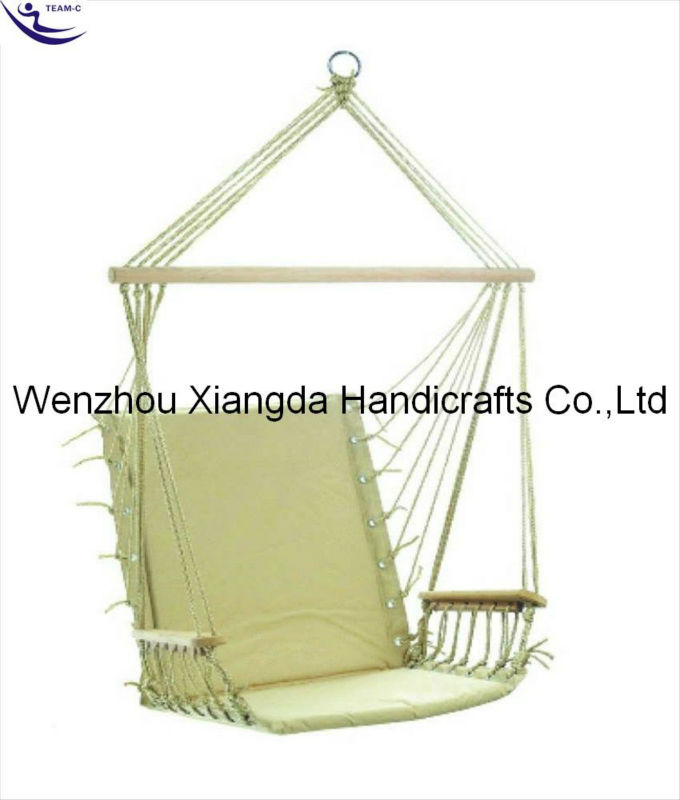 As the Garden Grows | This Canopy Chair would make a fantastic gift