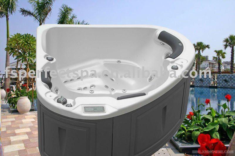 Triangular hot tub buy hot tub spa whirlpool bathtub product on - Triangular bathtub ...