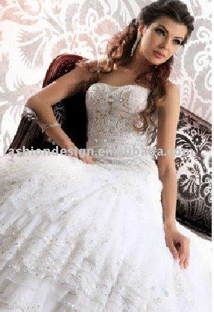 AWD161 2011 custom made lace appliques Lebanon wedding dress