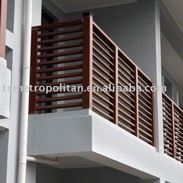 wood hand railings woodblog On hand railing design for balcony